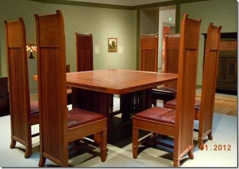 Frank Lloyd Wright dining room set