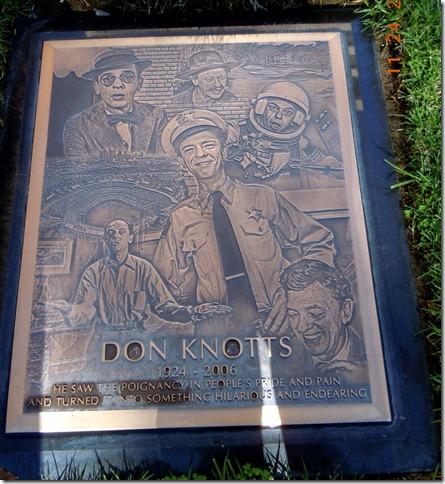 Don Knots