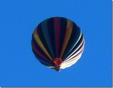 Balloon over Wilderness Lakes TT