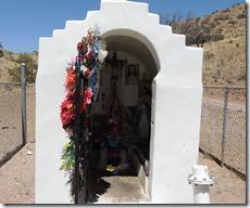 Side of the road memorial