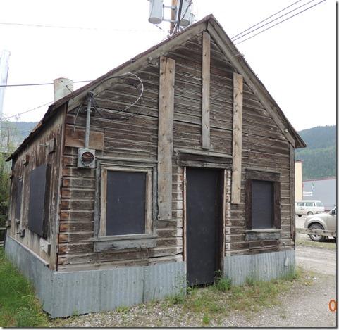 Dawson City Walking Tour - Protitute crib