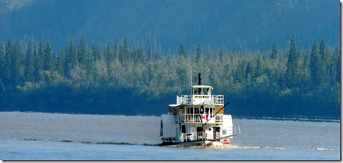 Sidewheeler coming up the river!