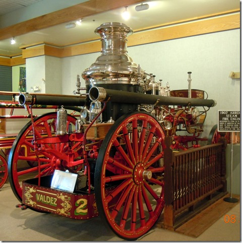 Refinished fire truck from 1907