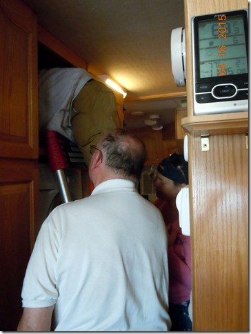 PJ installing duct