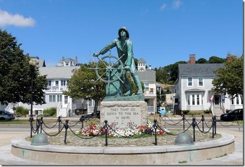 Fishermen's Memoriat and Cenotaph