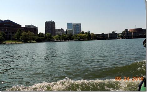 Charles River, Duck Tour, Boston skyline