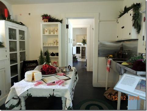 Ediison kitchenmEdison House, Ft. Myers FL