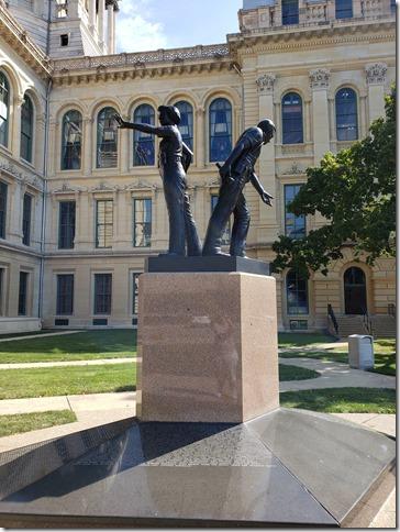 IL police memorial 2